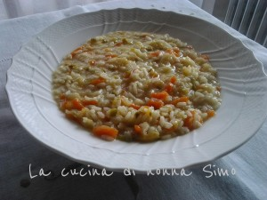 Minestra di riso con verdure