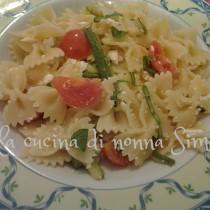 farfalle zucchine e pomodoro